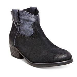 Steve Madden Midnite Suede Leather booties